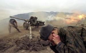 artileristi rusi in Cecenia