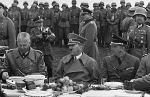 Hitler la masa