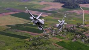 avioane militare F16