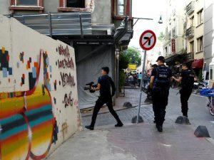 politisti turci parada gay